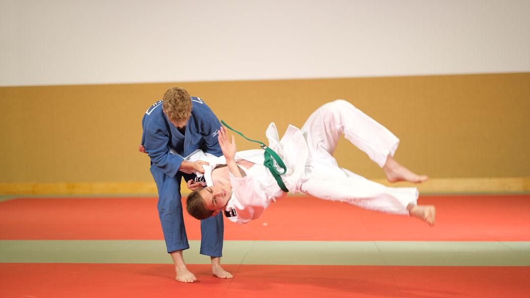 Zwei Judokas beim Training